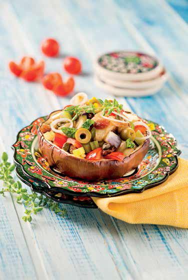 Melanzane viola al forno ripiene di verdure alla siciliana